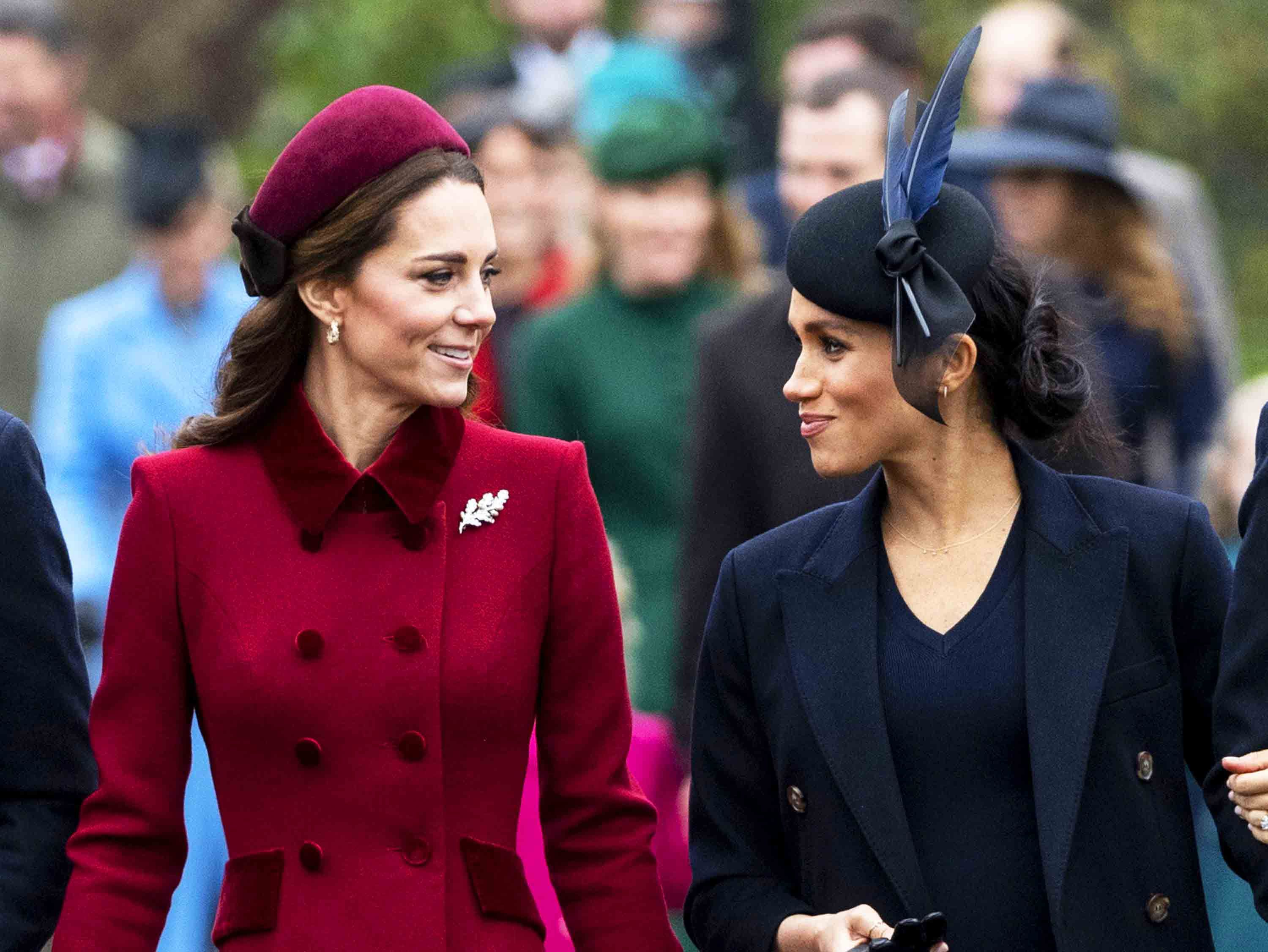kate middleton and meghan markle body language at christmas service