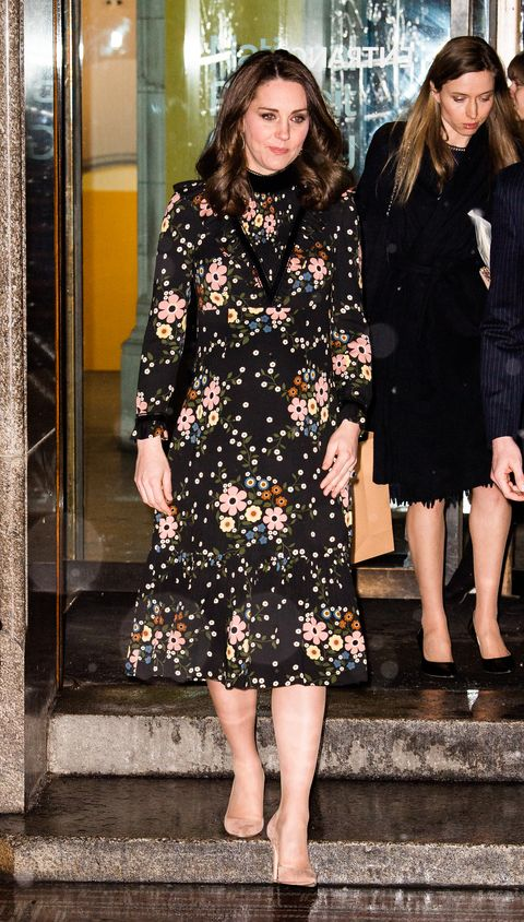 8be2e72548 Kate Middleton braves the snow in floral dress and no coat
