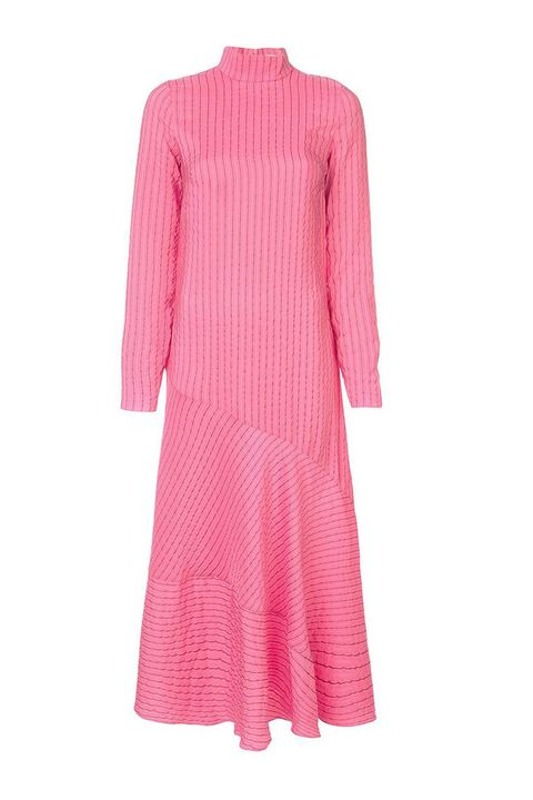 957520a02369e8 Kate Middleton's Pink Sleeved Shift Dress Is Effortlessly Fashion ...