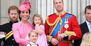Kate Middleton met prins William en haar twee kinderen, Charlotte en George, in 2017