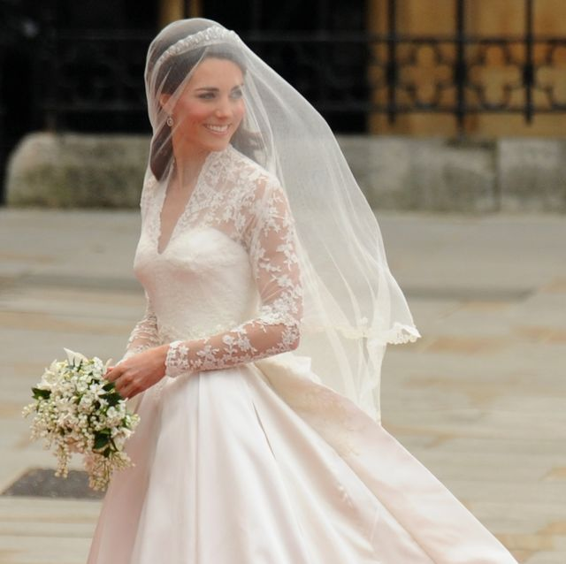 Kate Middletons Wedding Dresses.10 Things You Didn T Know About Kate Middleton S Wedding