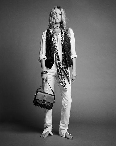 White, Black, Photograph, Black-and-white, Fashion, Monochrome, Photography, Monochrome photography, Human, Photo shoot,