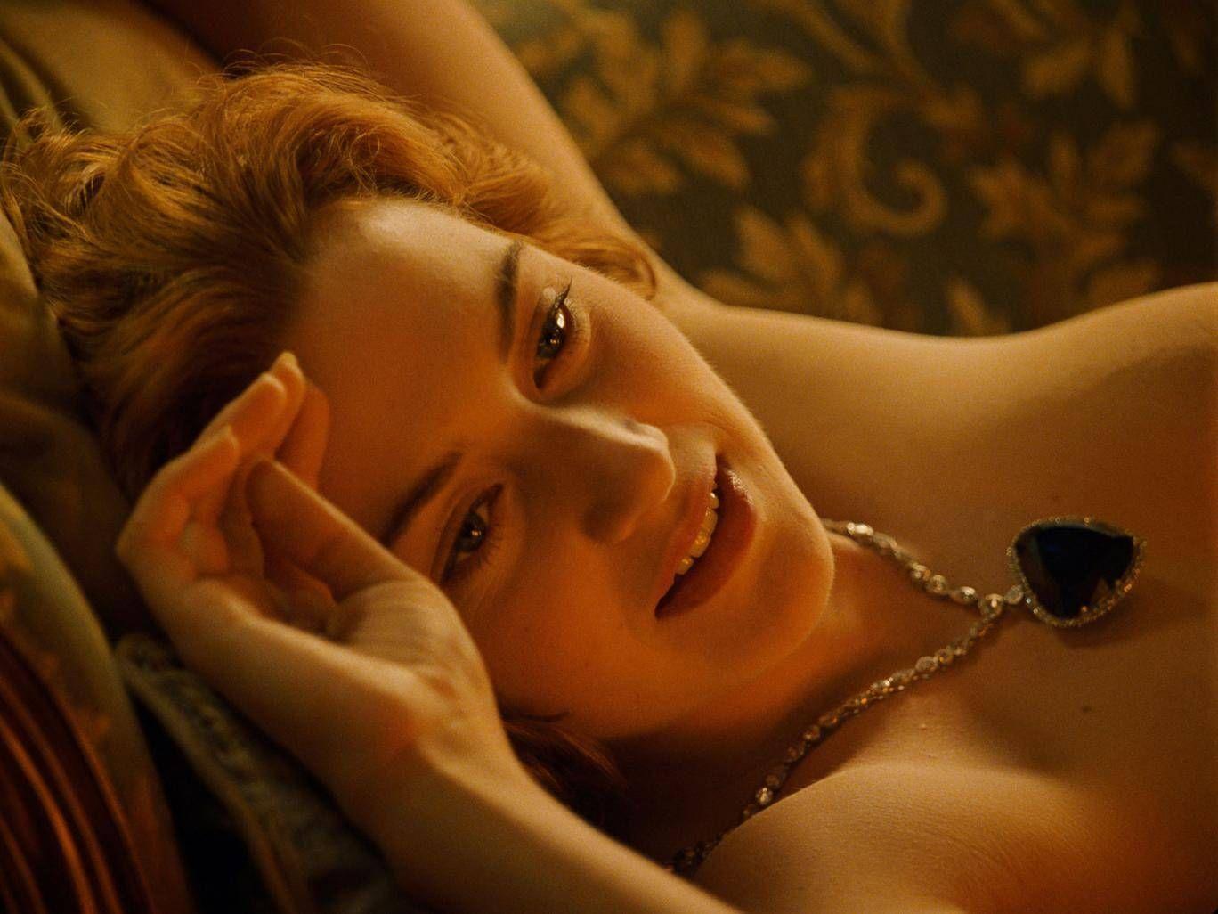 Titanics Heart Of The Ocean Scene Why Did Rose Throw The Heart Of The Ocean Into The Ocean