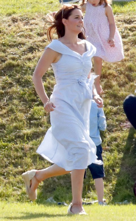 Duchess of Cambridge wedges espadrilles - Kate Middleton shoes