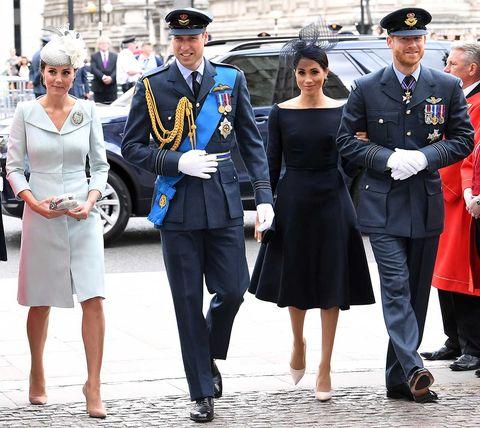 Kate Middleton Guillermo de Inglaterra Meghan Markle Harry de Inglaterra en el centenario de la Royal Air Force