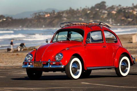 Land vehicle, Vehicle, Car, Motor vehicle, Coupé, Classic, Rim, Volkswagen beetle, Classic car, Subcompact car,
