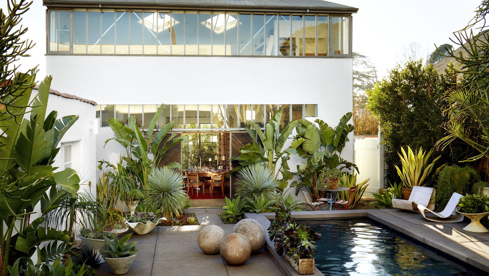 Tour Kathryn M. Ireland's Santa Monica Home That's Big On Bohemian Decor