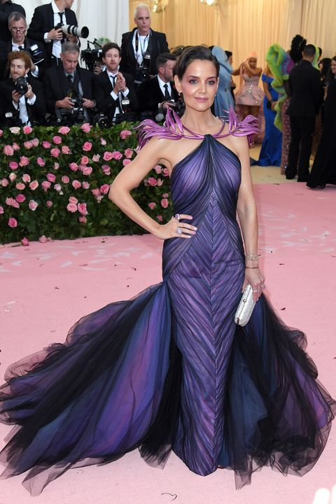 katie holmes upon arrival at the 2019 met gala