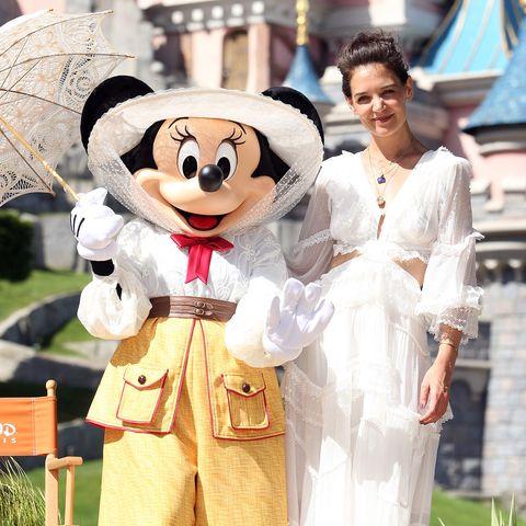 Walt disney world, White, Amusement park, Fun, Park, Recreation, Vacation, World, Mascot, Tourism,