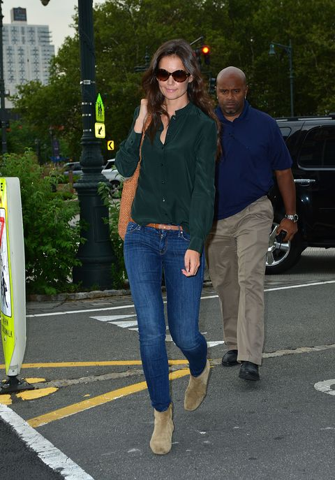 Katie Holmes in jeans