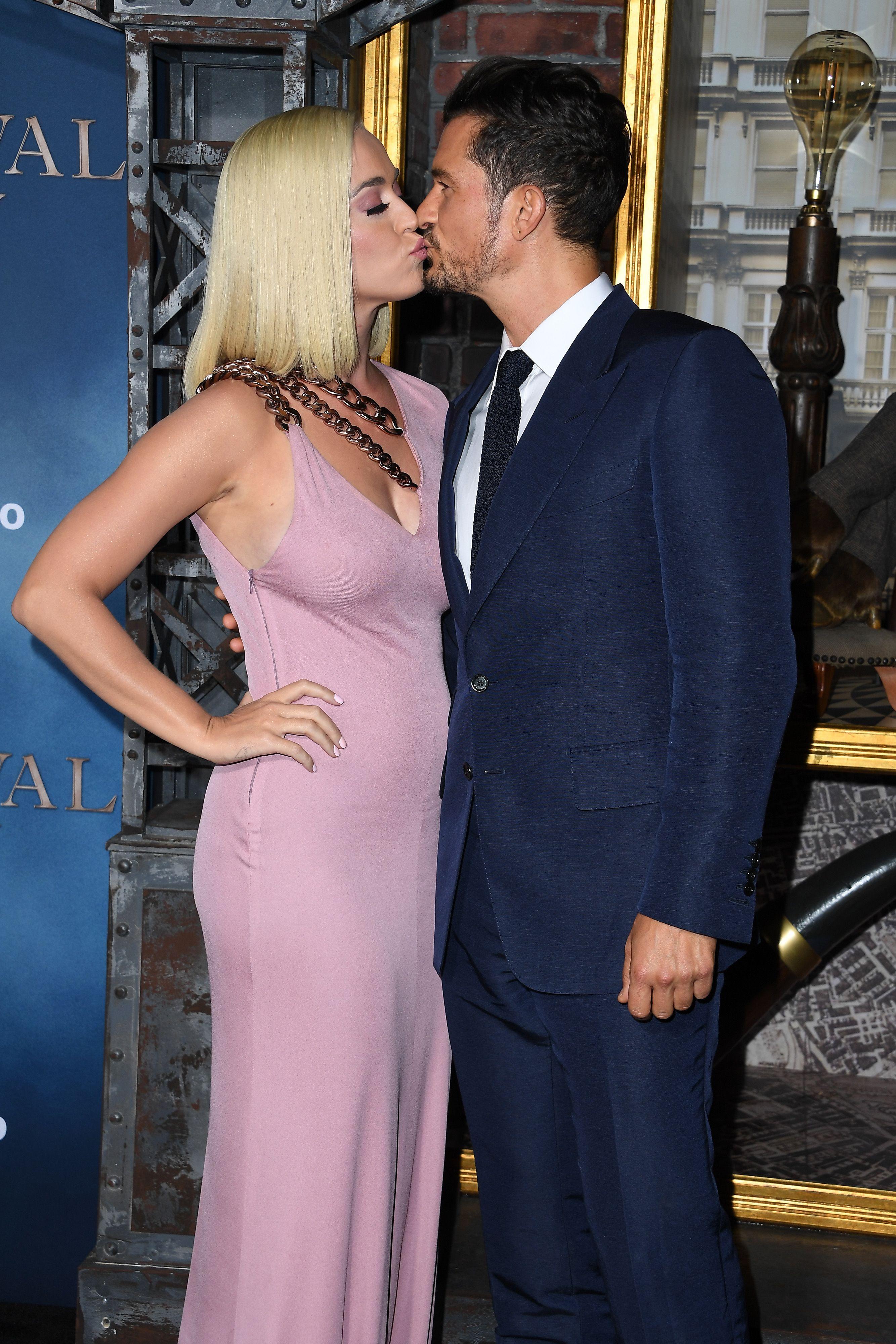 Orlando Bloom dating Kate Beckinsale lärare dating student från olika skola