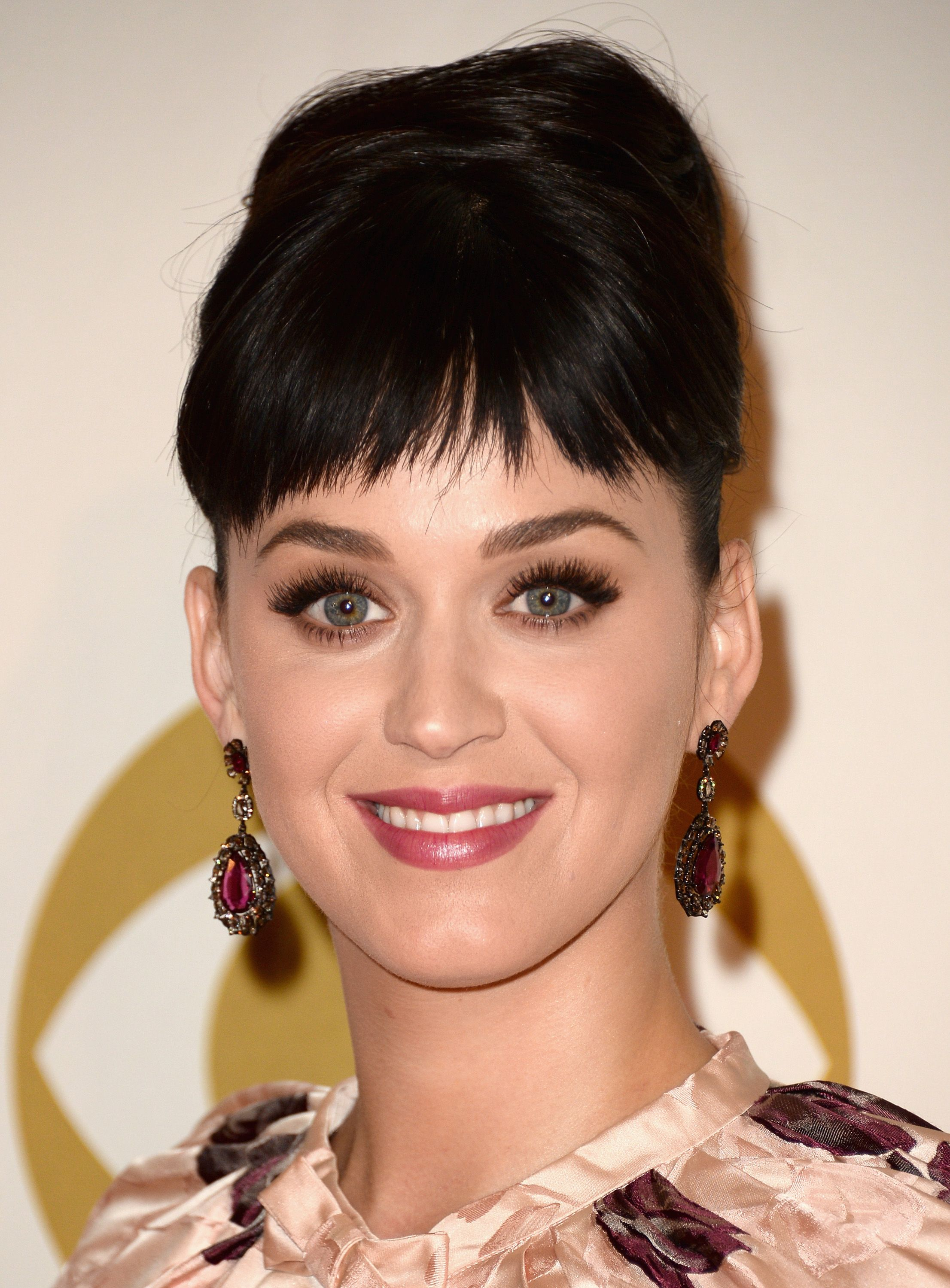 35 Best Hairstyles With Bangs , Photos of Celebrity Haircuts