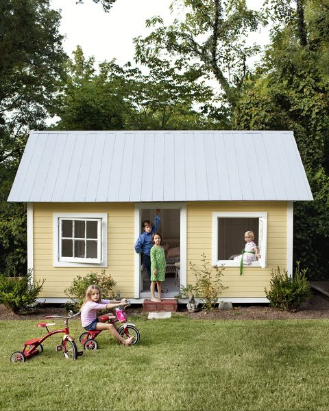 22 Kids Playhouse Ideas - Outdoor Playhouse Plans Easy Playhouse Plan Diy Interior on diy outdoor playhouse, diy playhouse ideas, diy wooden playhouse,