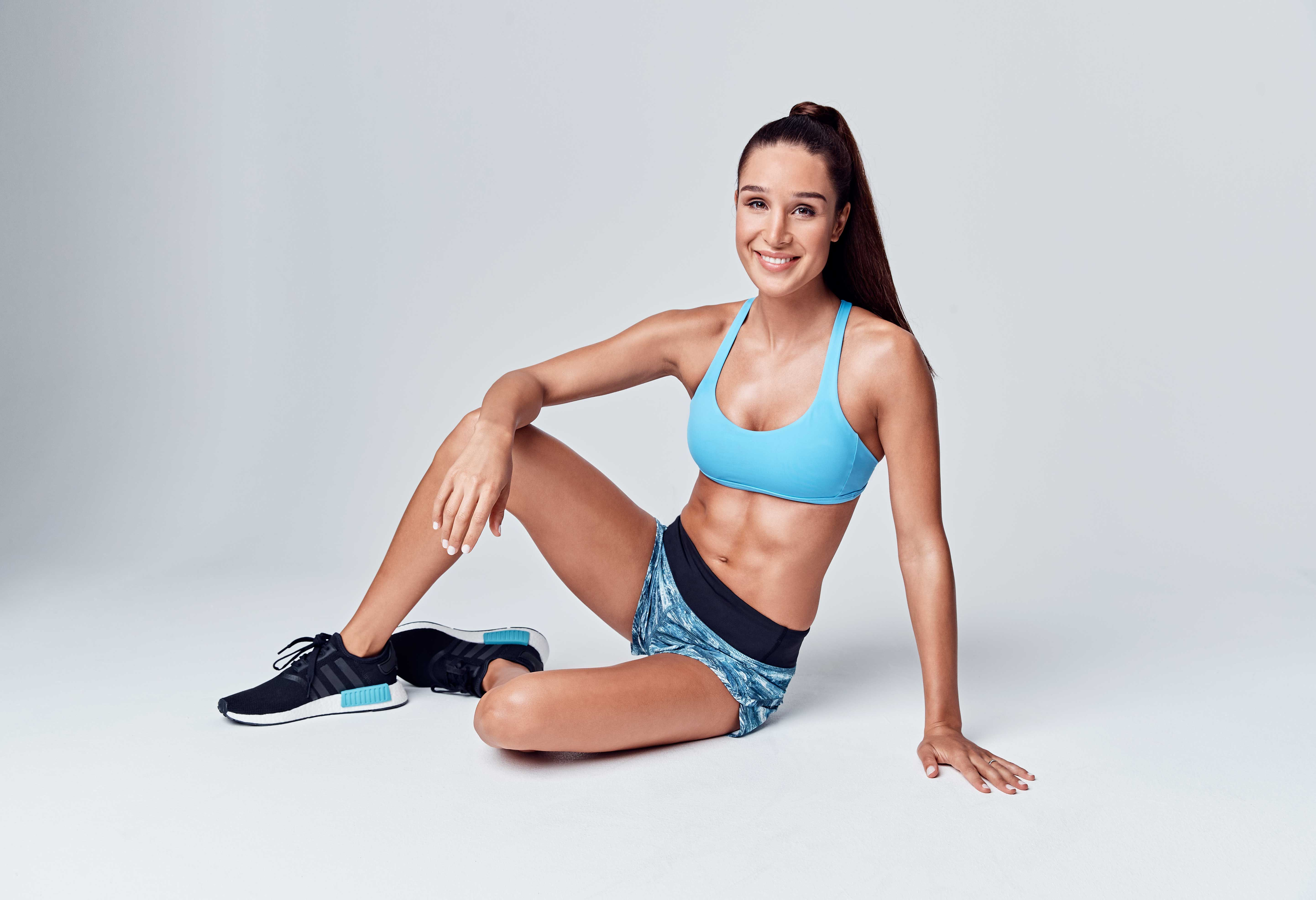 Kayla Itsines' Workout Plan: New Mum and Uber Famous Trainer Shares a 4-Week Sweat