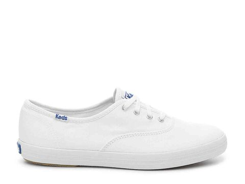d1a97591f6d What Your White Sneakers Say About You