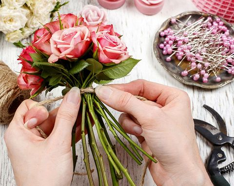 9 Genius Ways to Stick to Your Wedding Budget, Danggit