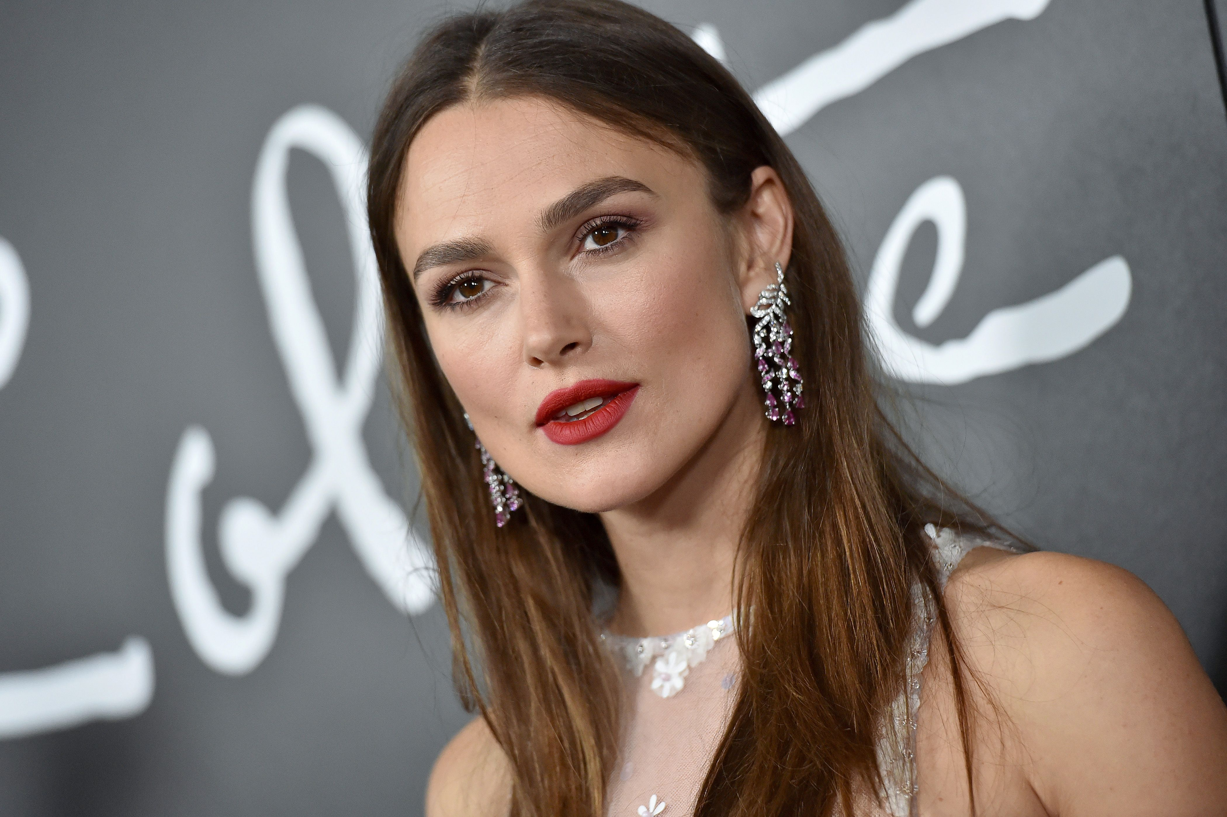 Keira Knightley Reveals Hypnotherapy Helped Treat Her Panic Attacks