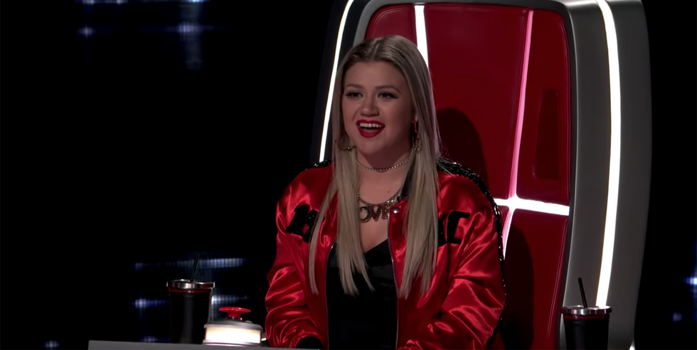 Sarah Grace Auditions for 'The Voice' - Kelly Clarkson and Jennifer