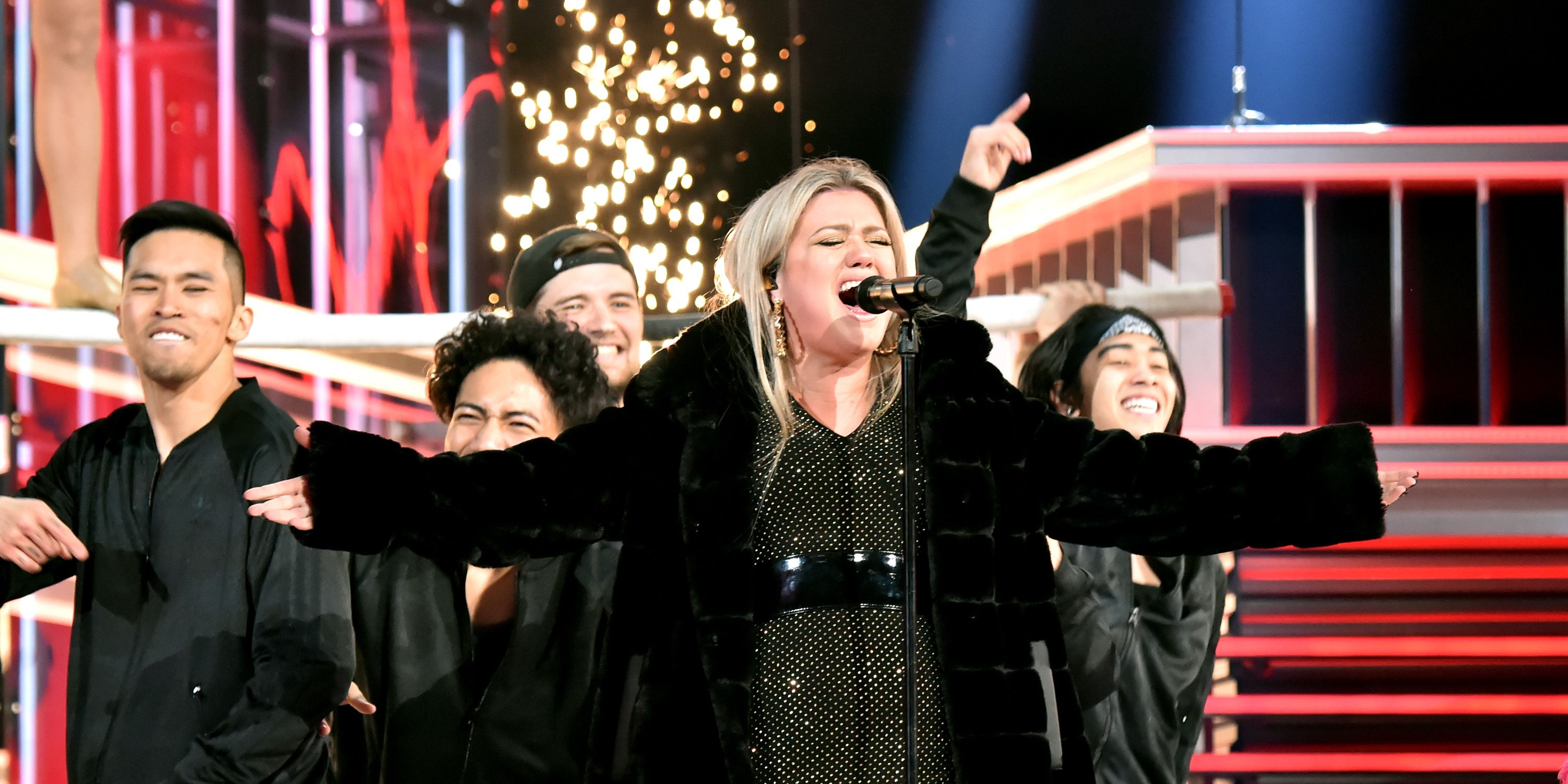 Kelly Clarkson at the Billboard Music Awards