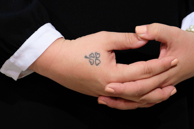 kelly clarkson small tattoo