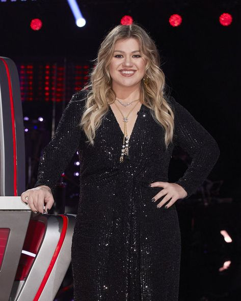the voice     blind auditions     pictured kelly clarkson    photo by trae pattonnbc