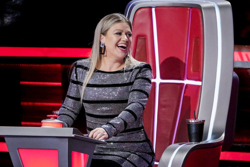 The Voice\' Coach Kelly Clarkson Wore the Best Outfits During the ...