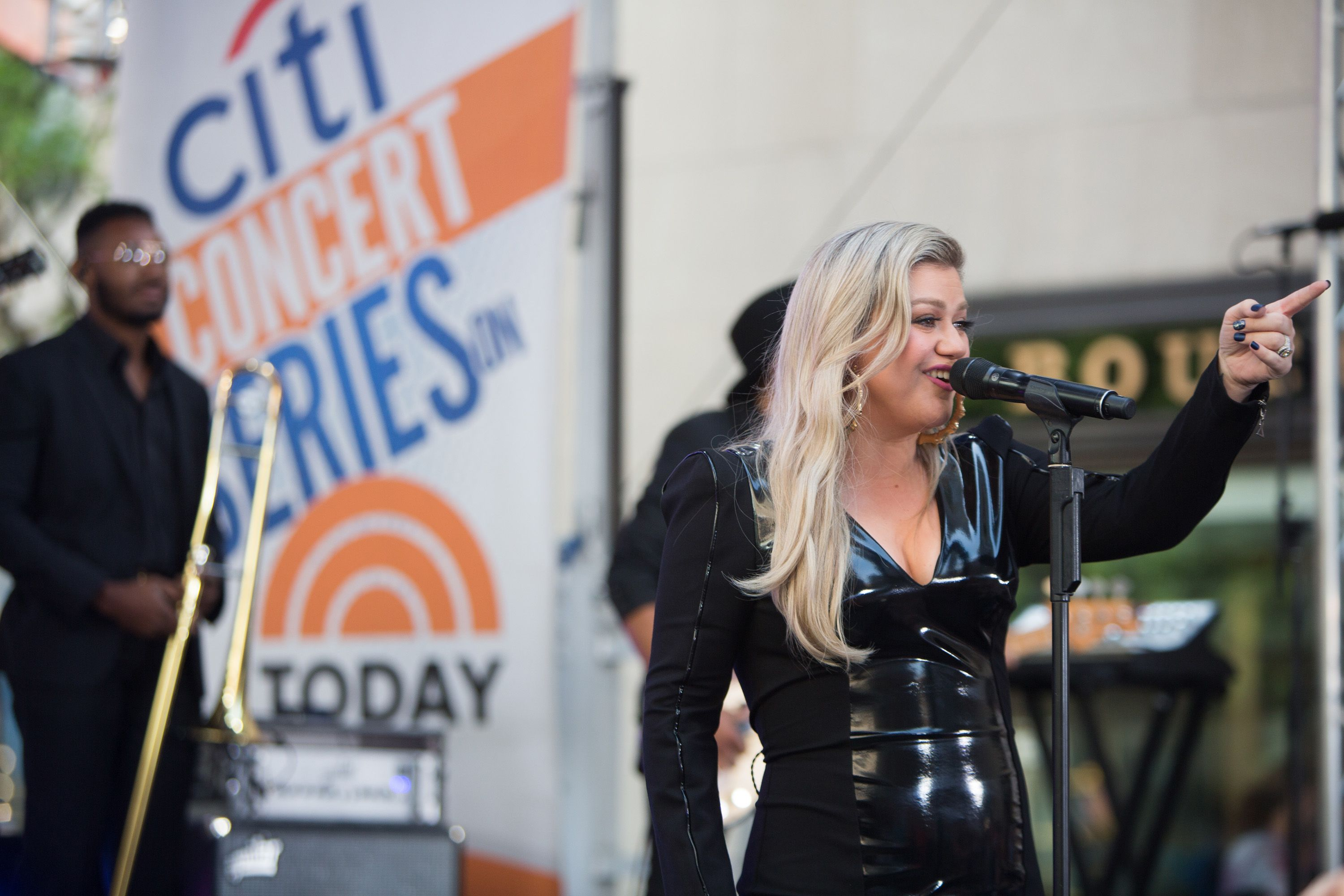 Kelly Clarkson Reveals Secret To 37 Pound Weight Loss Kelly