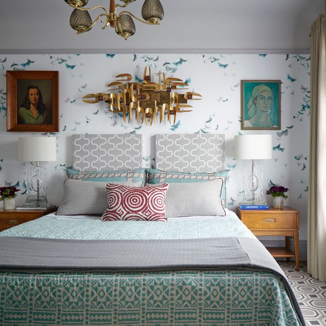 bedroom with mixed textiles
