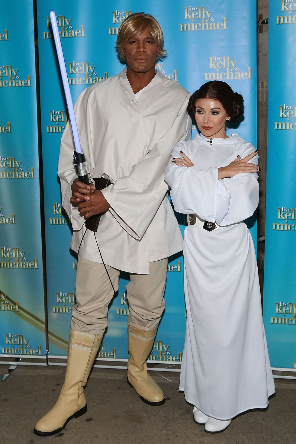 Michael Strahan and Kelly Ripa - Luke Skywalker and Princess Leia Kelly and Michel were at it again in 2015, dressed up as Luke Skywalker and Princess Leia.