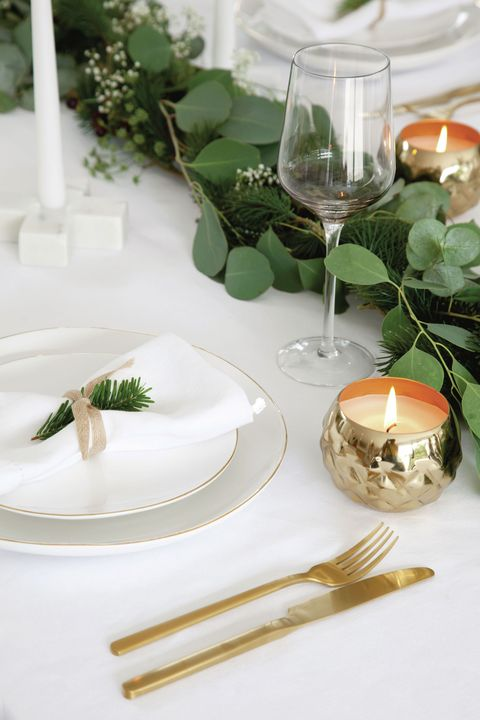 7 Christmas Table Settings Christmas Table Decoration Ideas