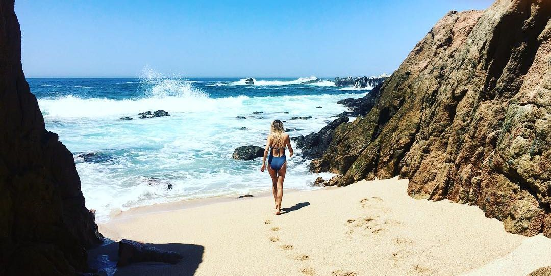 25 Celebrity Beach Vacations That Have Made You Jealous This Summer