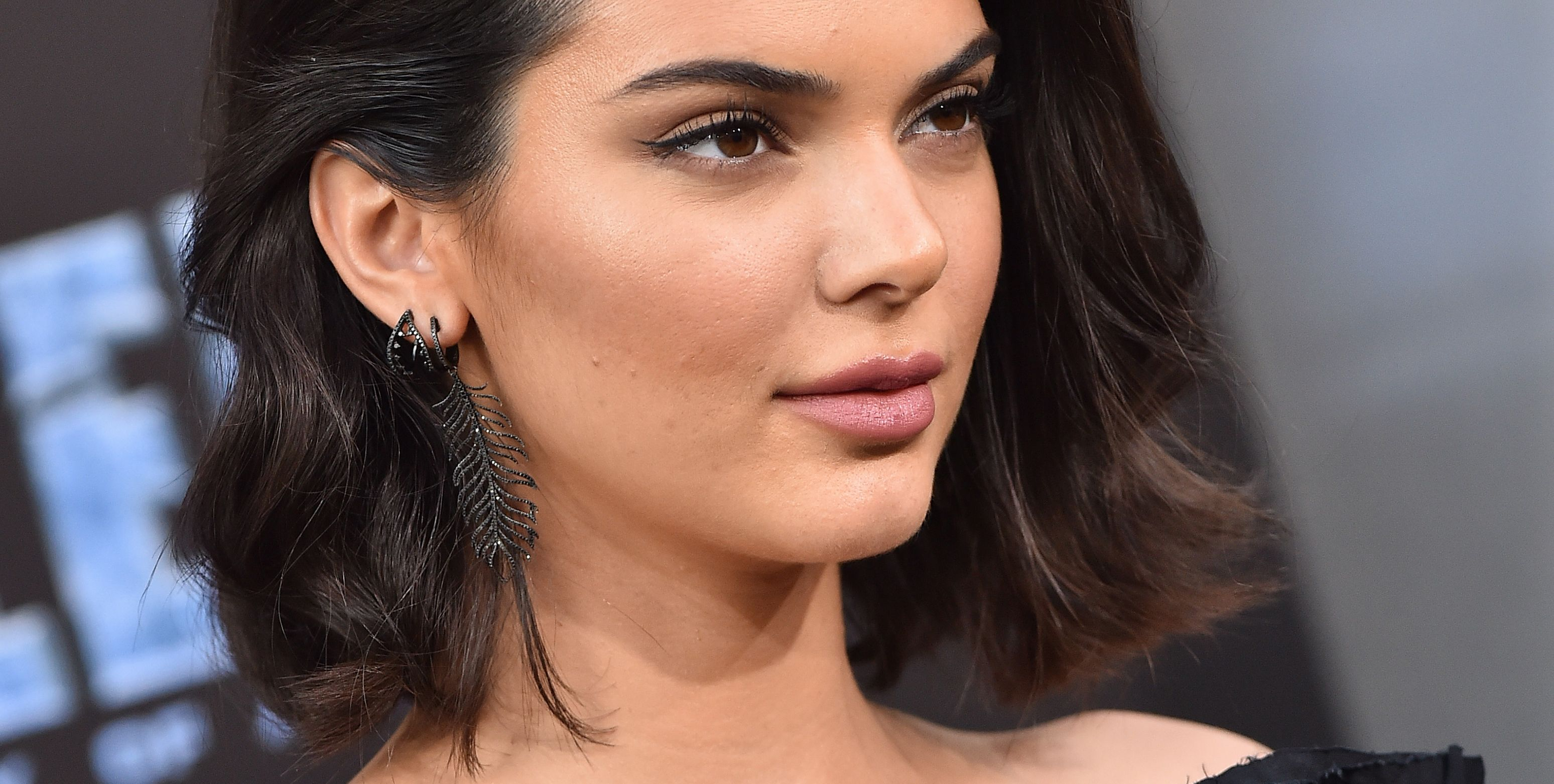 Kendall Jenner Is In Hot Water For Her Emoji Choice