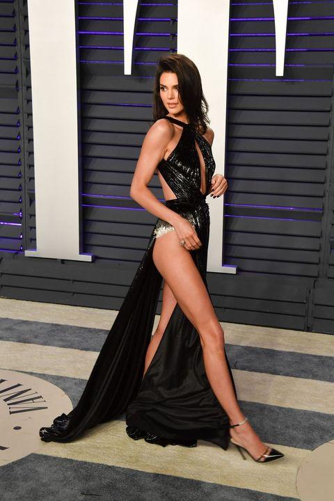 Kendall Jenner, 紅毯, 透視裝, 肯達爾詹娜, 穿搭, 紅毯穿搭, 卡戴珊家族, 時尚, 紅毯造型, victoria's secret, 名模, 女星紅毯