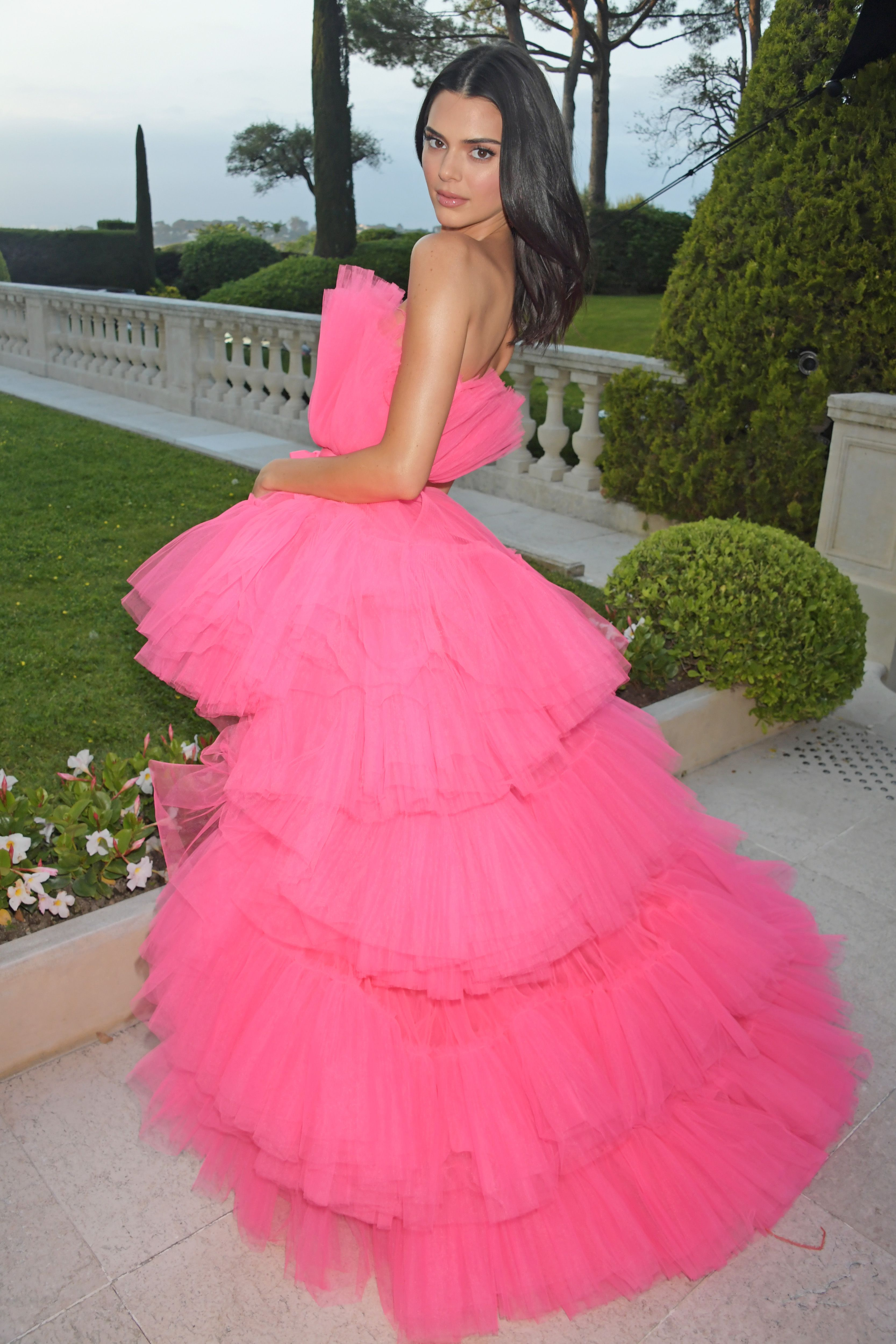 Kendall Jenner Wore The Ultimate Barbie Dress To The amfAR Cannes Gala
