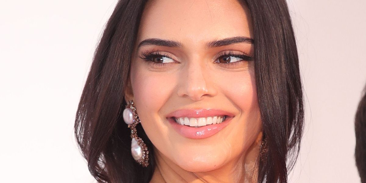 Kendall Jenner Uses This Hack For Affordable Model White Teeth