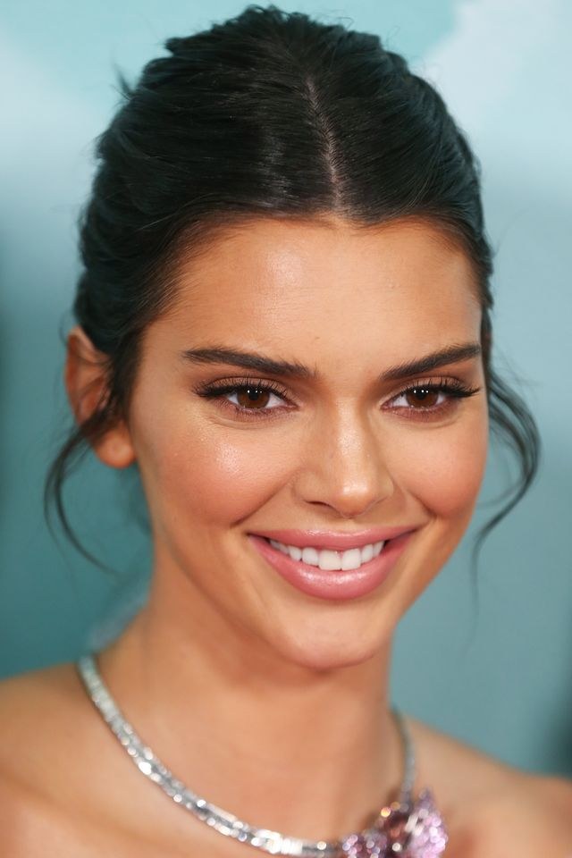 kendall jenner gets white teeth with moon