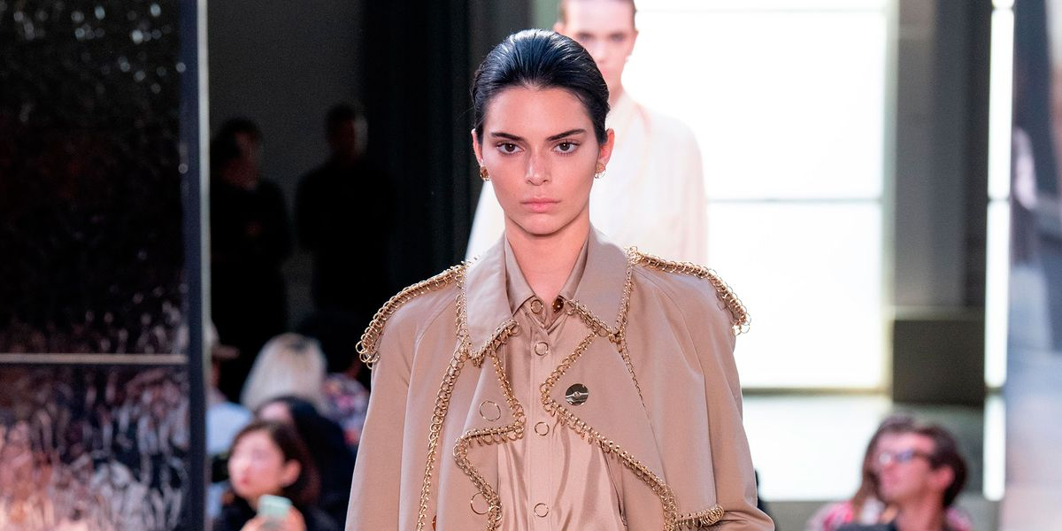 64fddaf2 Kendall Jenner makes exclusive catwalk appearance for Riccardo Tisci's  Burberry debut