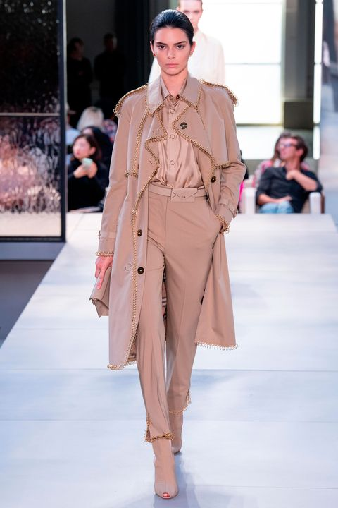 4dc735a33ddb Kendall Jenner makes exclusive catwalk appearance for Riccardo Tisci s  Burberry debut