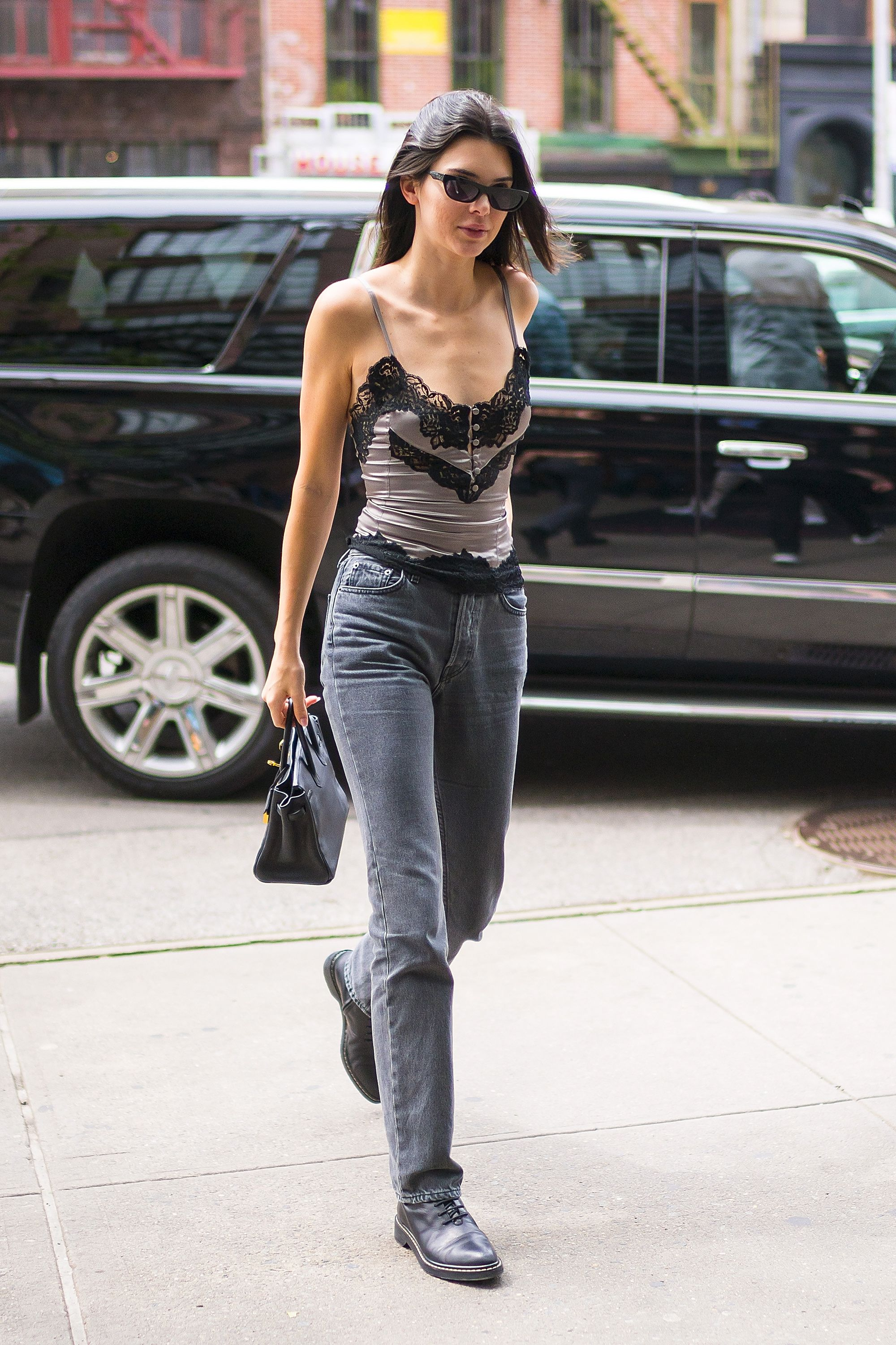 4d3cec8631be Kendall Jenner Street Style - Kendall Jenner s Best Fashion Looks