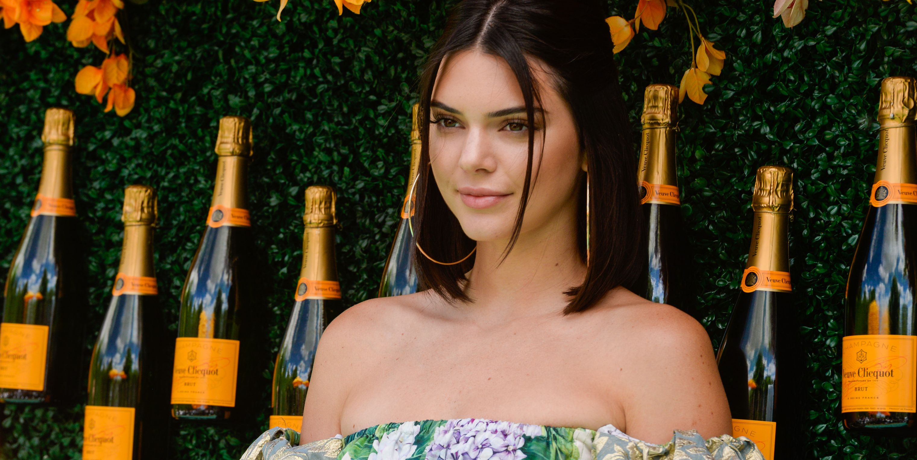 Kendall Jenner Channeled '60s Spirit and Style In Summery Instagram Snaps