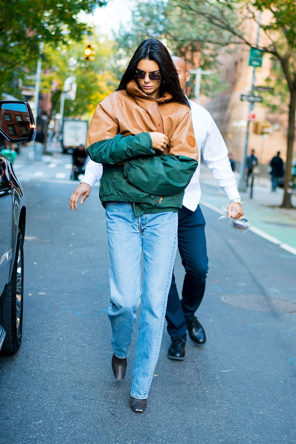 November 8, 2018 Kendall bundled up in a toffee-brown and green jacket for fall in NYC. The star's outerwear collection is one of the best in Hollywood, as you'll see in the next photo.