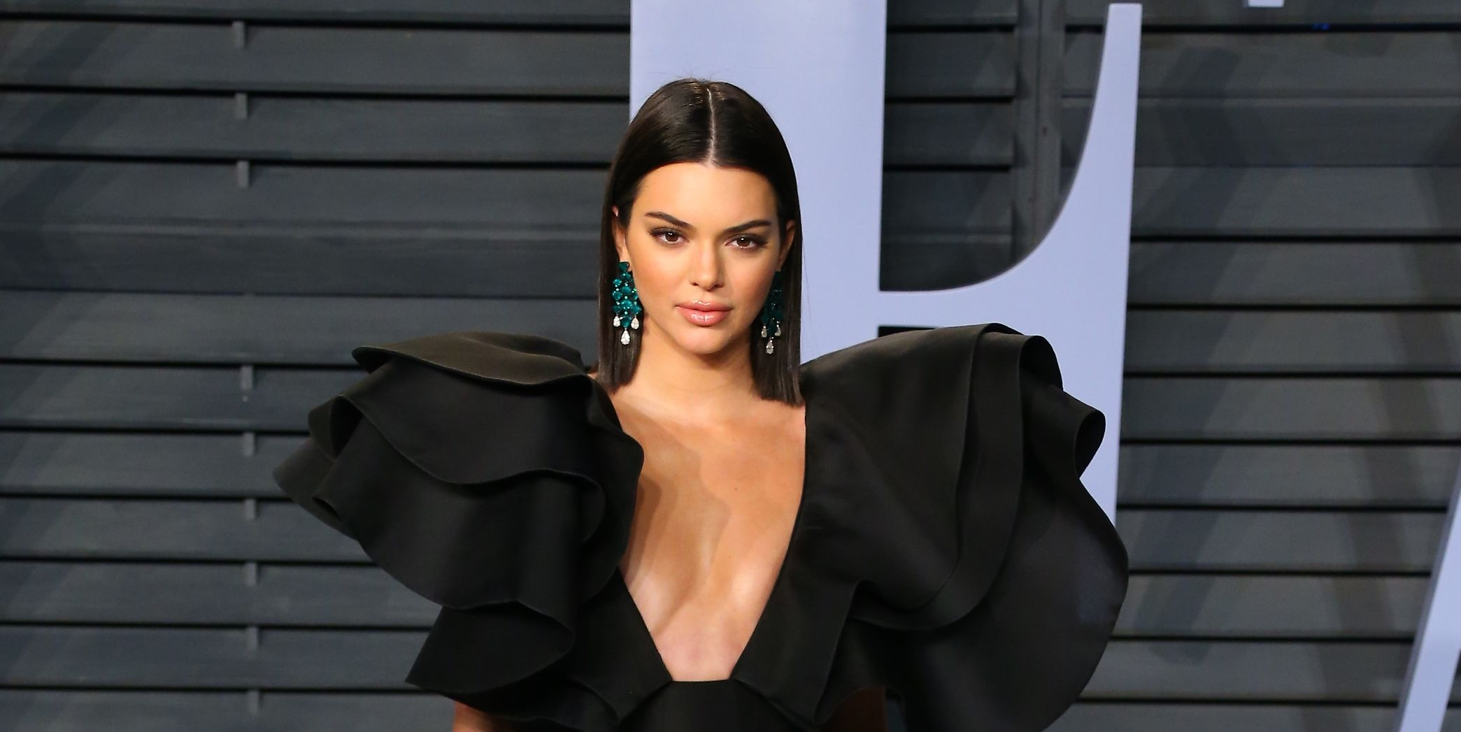 Photo of Kendall Jenner gets v real about the 'Kardashian curse'
