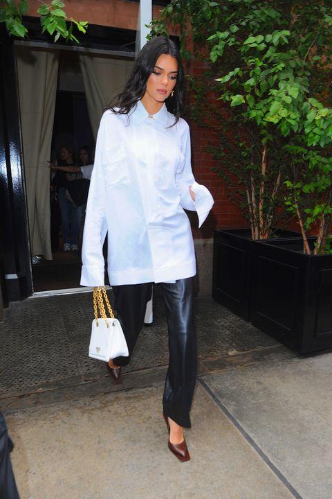 Kendall Jenner Luce Un Vestido Del Español Juan Vidal