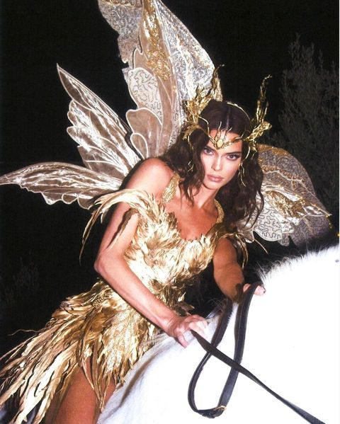Kendall Jenner Halloween Costume 2020 What Every Celebrity Dressed as for Kendall Jenner's Halloween