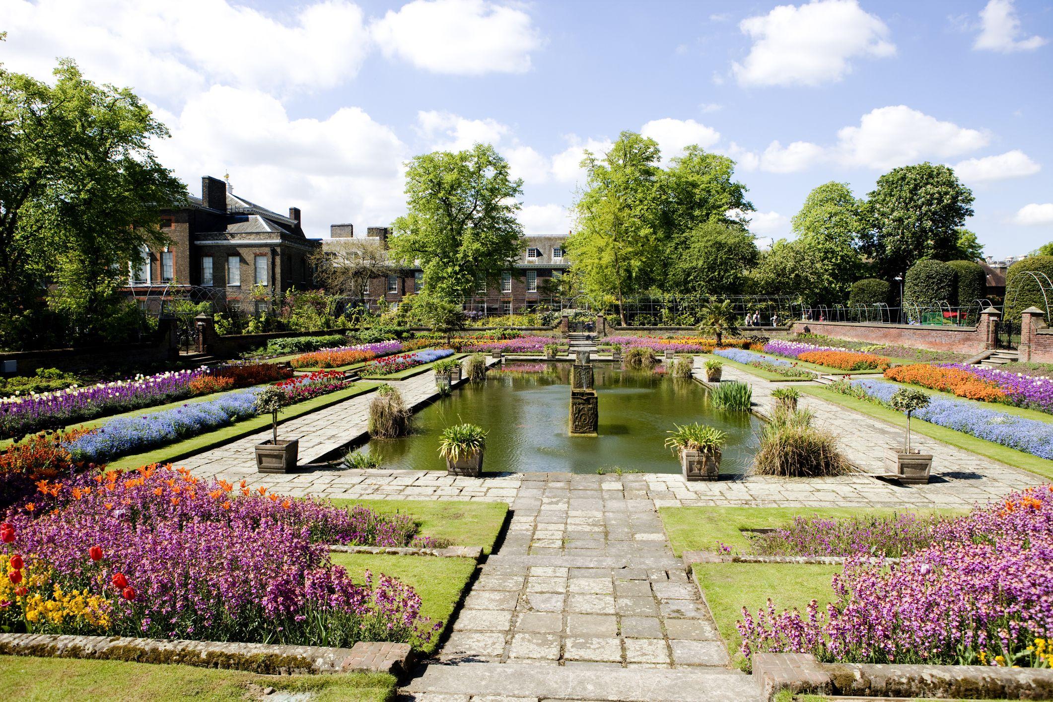 Kensington Palace unveils its beautiful wildflower garden