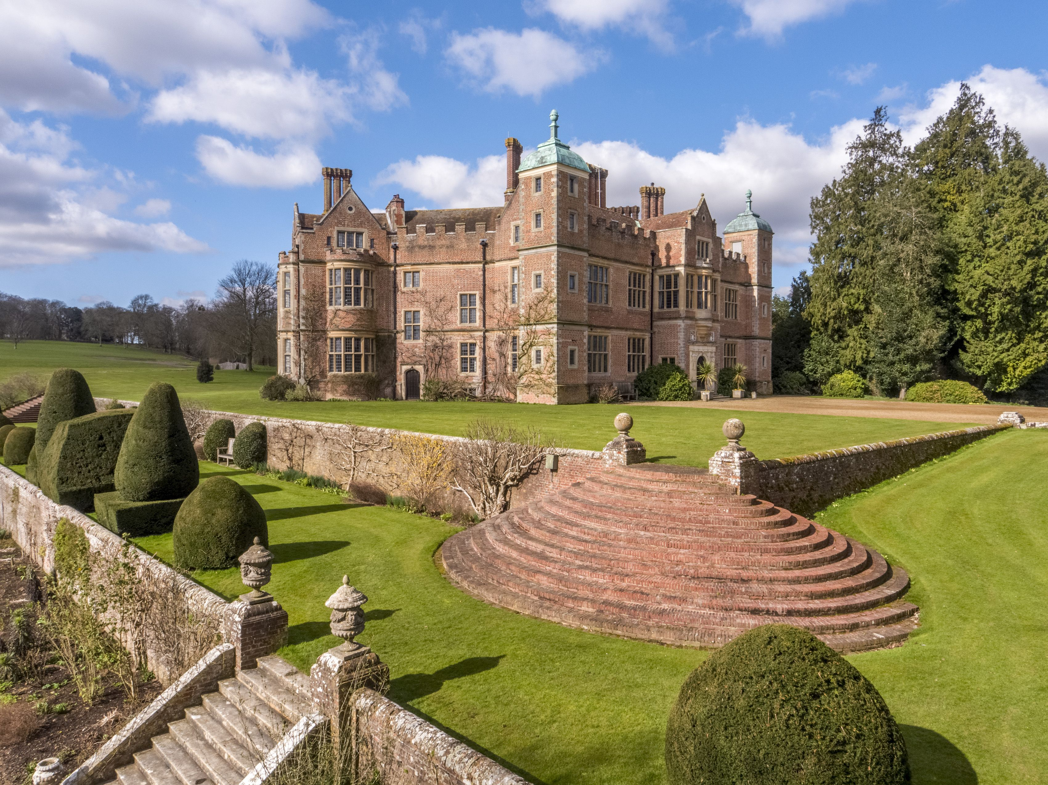 16-bedroom hexagonal castle once owned by King Henry VIII for sale in Kent
