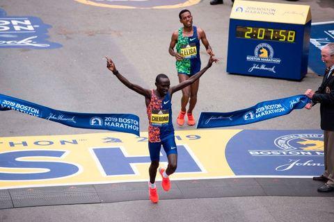 The Boston Marathon Elites Prove Endurance Athletes Peak in Their 30s—But Why?