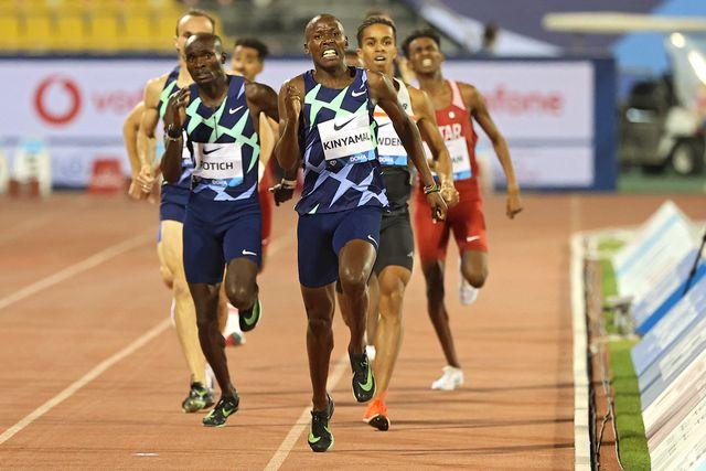 kinyamal gana los 800 metros de la liga de diamante de doha, con adrián ben en 5ª posicion