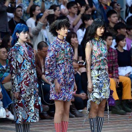 Fashion, Runway, Fashion show, Event, Street fashion, Fashion design, Audience, Dress, Crowd, Performance,