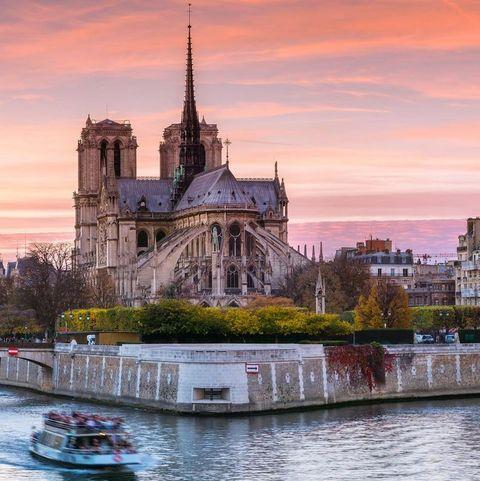 Notre-Dame de Paris, lvmh, kering
